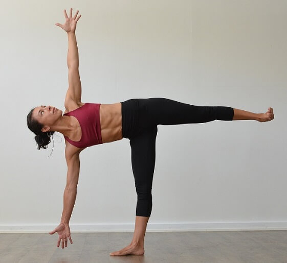 Ardha Chandrasana (power yoga poses)